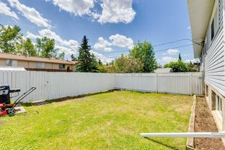 Photo 29: 72 QUEEN ISABELLA Close SE in Calgary: Queensland Semi Detached for sale : MLS®# C4254549