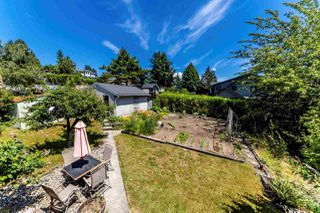 Photo 16: 7850 MCKAY Avenue in Burnaby: South Slope House for sale (Burnaby South)  : MLS®# R2383569