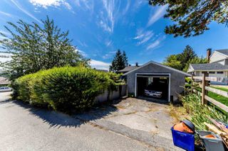 Photo 18: 7850 MCKAY Avenue in Burnaby: South Slope House for sale (Burnaby South)  : MLS®# R2383569
