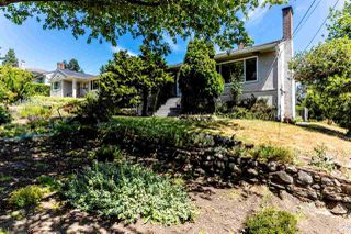 Photo 1: 7850 MCKAY Avenue in Burnaby: South Slope House for sale (Burnaby South)  : MLS®# R2383569