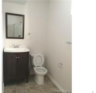 Photo 11: 409 Cumberland Avenue South in Saskatoon: Varsity View Residential for sale : MLS®# SK788031