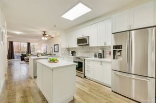 """Photo 3: 46 15 FOREST PARK Way in Port Moody: Heritage Woods PM Townhouse for sale in """"DISCOVERY RIDGE"""" : MLS®# R2420824"""