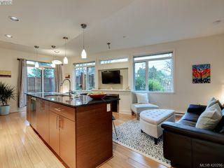 Photo 2: 107 3614 Richmond Road in VICTORIA: SE Mt Tolmie Condo Apartment for sale (Saanich East)  : MLS®# 420298