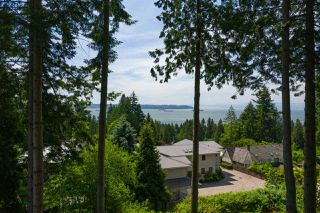 Photo 3: 2938 ALTAMONT Crescent in West Vancouver: Altamont Land for sale : MLS®# R2443171