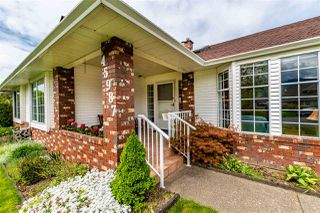 Main Photo: 45987 IVY Avenue in Chilliwack: Sardis East Vedder Rd House for sale (Sardis)  : MLS®# R2452225