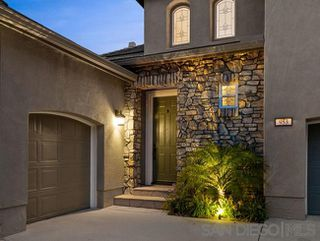 Photo 3: SAN MARCOS House for sale : 5 bedrooms : 953 Stoneridge Way