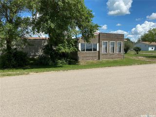 Photo 4: 900 Railway Avenue in Elbow: Commercial for sale : MLS®# SK818343