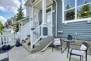 Photo 7: 160 ELGIN Gardens SE in Calgary: McKenzie Towne Row/Townhouse for sale : MLS®# A1017963
