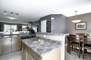 Photo 17: 160 ELGIN Gardens SE in Calgary: McKenzie Towne Row/Townhouse for sale : MLS®# A1017963