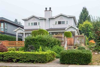 "Main Photo: 334 E 6TH Street in North Vancouver: Lower Lonsdale House 1/2 Duplex for sale in ""Lower Lonsdale"" : MLS®# R2500292"