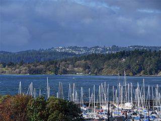 Photo 1: 38 933 Admirals Rd in : Es Esquimalt Row/Townhouse for sale (Esquimalt)  : MLS®# 859468