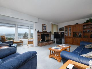 Photo 9: 38 933 Admirals Rd in : Es Esquimalt Row/Townhouse for sale (Esquimalt)  : MLS®# 859468