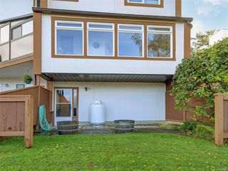 Photo 22: 38 933 Admirals Rd in : Es Esquimalt Row/Townhouse for sale (Esquimalt)  : MLS®# 859468