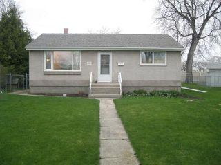 Photo 1: 31 BERNIER Bay in WINNIPEG: Windsor Park / Southdale / Island Lakes Residential for sale (South East Winnipeg)  : MLS®# 1108834