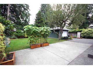 "Photo 8: 5646 10A Avenue in Tsawwassen: Tsawwassen East House for sale in ""CENTRAL TSAWWASSEN"" : MLS®# V976677"