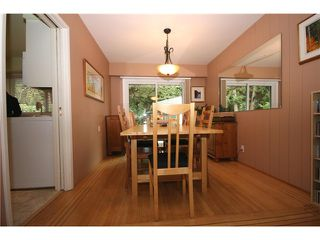"Photo 2: 5646 10A Avenue in Tsawwassen: Tsawwassen East House for sale in ""CENTRAL TSAWWASSEN"" : MLS®# V976677"