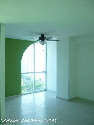 Photo 6: Condo available in the Sea Waves Tower