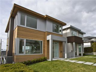 Photo 1: 23 N Glynde Avenue in Burnaby: Capitol Hill BN House for sale (Burnaby North)  : MLS®# V990792