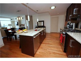 Photo 14: N701 737 Humboldt Street in : Vi Downtown Condo for sale (Victoria)  : MLS®# 272227