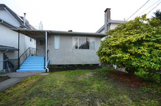 Photo 1: 4525 COMMERCIAL ST in Vancouver: Victoria VE House for sale (Vancouver East)  : MLS®# V1037358