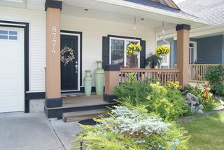 Photo 2: 8774 MACHELL Street in Mission: Mission BC House for sale : MLS®# F1412140