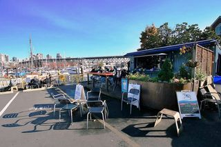 "Photo 17: 505 1508 MARINER Walk in Vancouver: False Creek Condo for sale in ""MARINER POINT"" (Vancouver West)  : MLS®# V1098904"