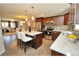 Photo 9: 114 Harrowby Avenue in WINNIPEG: St Vital Residential for sale (South East Winnipeg)  : MLS®# 1508835