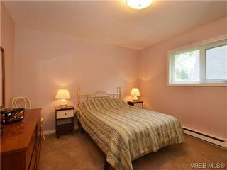 Photo 9: SIDNEY REAL ESTATE = NORTH-EAST SIDNEY FAMILY HOME For Sale SOLD With Ann Watley