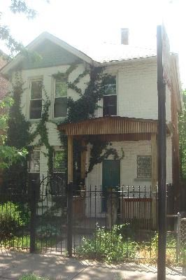 Main Photo: 2425 LYNDALE Street in CHICAGO: CHI - Logan Square Single Family Home for sale ()  : MLS®# 09054097