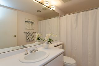 "Photo 20: 301 1566 W 13 Avenue in Vancouver: Fairview VW Condo for sale in ""Royal Gardens"" (Vancouver West)  : MLS®# R2011878"