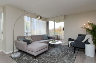 "Photo 7: 301 1566 W 13 Avenue in Vancouver: Fairview VW Condo for sale in ""Royal Gardens"" (Vancouver West)  : MLS®# R2011878"