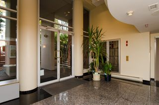 "Photo 25: 301 1566 W 13 Avenue in Vancouver: Fairview VW Condo for sale in ""Royal Gardens"" (Vancouver West)  : MLS®# R2011878"