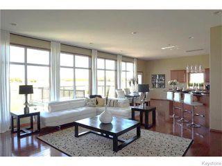 Photo 4: 1595 Charleswood Road in WINNIPEG: Charleswood Residential for sale (South Winnipeg)  : MLS®# 1529981