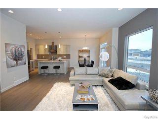 Photo 3: 34 Blackheath Close in WINNIPEG: St Vital Residential for sale (South East Winnipeg)  : MLS®# 1600984