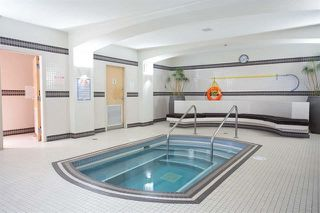 """Photo 5: 305 969 RICHARDS Street in Vancouver: Downtown VW Condo for sale in """"Mondrian 11"""" (Vancouver West)  : MLS®# R2028969"""
