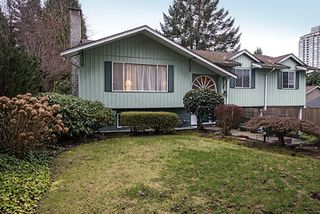 Main Photo: 516 PERTH Avenue in Coquitlam: Coquitlam West House for sale : MLS®# R2041601