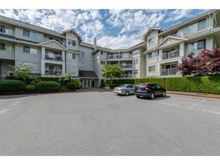 "Photo 2: 109 19320 65 Avenue in Surrey: Clayton Condo for sale in ""Esprit at Southlands"" (Cloverdale)  : MLS®# R2084871"