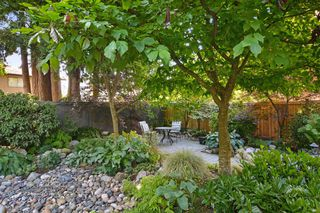 "Photo 18: 6880 ROCKFORD Place in Delta: Sunshine Hills Woods House for sale in ""SUNSHINE HILLS"" (N. Delta)  : MLS®# R2093097"