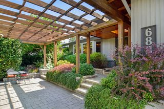 "Photo 2: 6880 ROCKFORD Place in Delta: Sunshine Hills Woods House for sale in ""SUNSHINE HILLS"" (N. Delta)  : MLS®# R2093097"