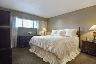 "Photo 15: 6880 ROCKFORD Place in Delta: Sunshine Hills Woods House for sale in ""SUNSHINE HILLS"" (N. Delta)  : MLS®# R2093097"