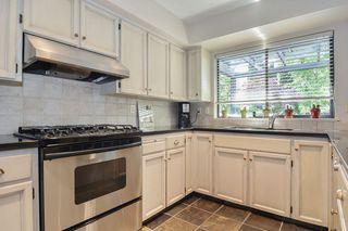 "Photo 6: 6880 ROCKFORD Place in Delta: Sunshine Hills Woods House for sale in ""SUNSHINE HILLS"" (N. Delta)  : MLS®# R2093097"