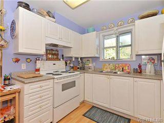 Photo 9: 204 1246 Fairfield Rd in VICTORIA: Vi Fairfield West Condo for sale (Victoria)  : MLS®# 740928