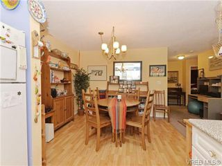 Photo 8: 204 1246 Fairfield Rd in VICTORIA: Vi Fairfield West Condo Apartment for sale (Victoria)  : MLS®# 740928