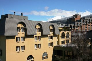 "Photo 14: 505 4050 WHISTLER Way in Whistler: Whistler Village Condo for sale in ""HILTON WHISTLER RESORT"" : MLS®# R2104283"