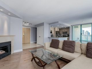 Photo 4: 901 789 JERVIS Street in Vancouver: West End VW Condo for sale (Vancouver West)  : MLS®# R2114003
