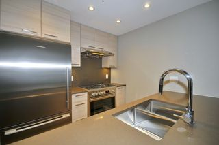 "Photo 4: 718 6188 NO 3 Road in Richmond: Brighouse Condo for sale in ""MANDARIN RESIDENCES"" : MLS®# R2119534"