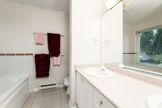 """Photo 9: 3 251 E 11TH Street in North Vancouver: Central Lonsdale Townhouse for sale in """"Arundel Court"""" : MLS®# R2119730"""