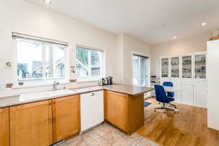 """Photo 10: 3 251 E 11TH Street in North Vancouver: Central Lonsdale Townhouse for sale in """"Arundel Court"""" : MLS®# R2119730"""