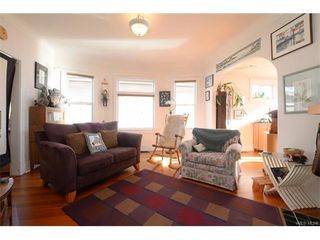 Photo 4: 2092 Byron St in VICTORIA: OB North Oak Bay House for sale (Oak Bay)  : MLS®# 748399