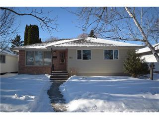 Photo 1: 747 Renfrew Street in Winnipeg: River Heights Residential for sale (1D)  : MLS®# 1702402